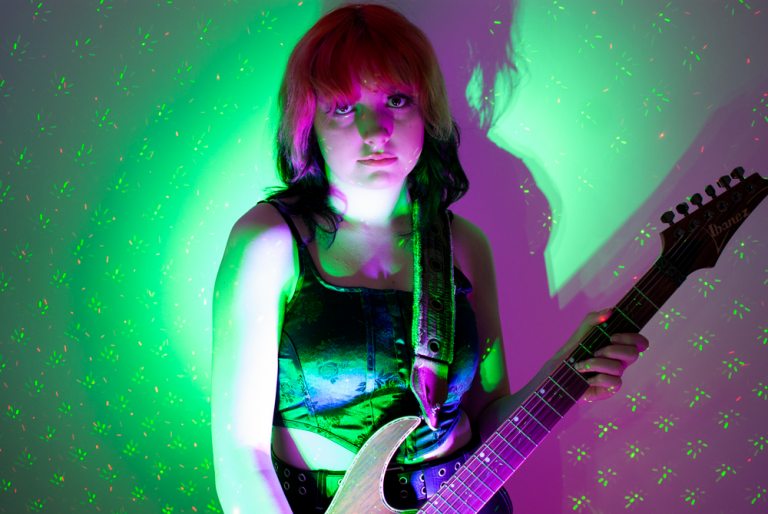 pinkfiz-punk-green-web BY GARY WILLIAMS AND DAVE MARTIN
